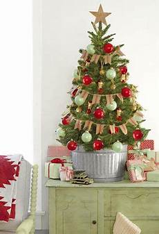 Decorations For Small Trees by How To Turn Your Tree Into A Masterpiece