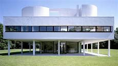 Iconic House Villa Savoye By Le Corbusier Architectural
