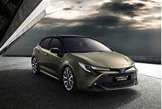 toyota corolla hybride 2019 2019 toyota corolla officially revealed on sale in august performancedrive