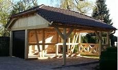 garage aus holz bauen holzgarage holzgaragen als individueller bausatz