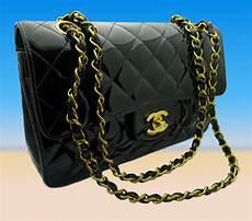 chanel tasche 2 55 handtasche schwarz lackleder