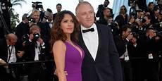 Salma Hayek Husband Billionaire Husband Made Salma Hayek Work After Baby