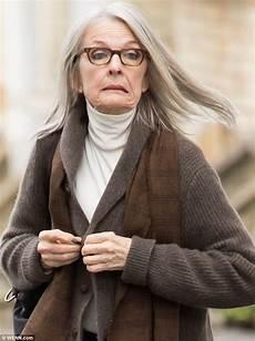 diane keaton cuts a chic figure as she resumes filming in - Diane Keaton Filme