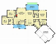 craftsman house plans with basement split bedroom craftsman house plan on walkout basement