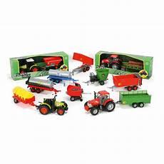 lot de voiture pour marchand pas cher tracteur et remorque de ferme