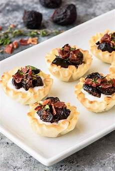 fig goat cheese bacon bites