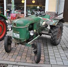 alter deutz traktor bei bauernmarkt in lehrte am 02 10