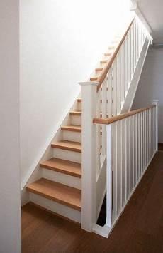 peindre un escalier en blanc escalier bois blanc recherche restauration meuble