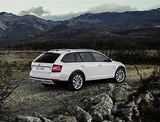 skoda octavia scout 2018 skoda octavia scout 2018 2019 octavia scout with a new cars news reviews
