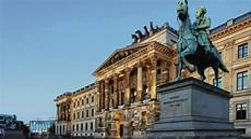 Braunschweig Schloss Arkaden - thema neumarkt schloss arkaden in braunschweig hinter