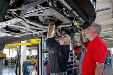 Wie Oft Kundendienst Auto Klimaanlage Und Heizung