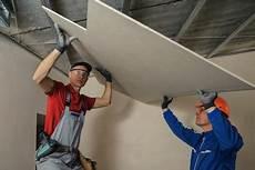Comment Faire Un Plafond Suspendu Faire Un Faux Plafond Techniques De Pose Et Astuces