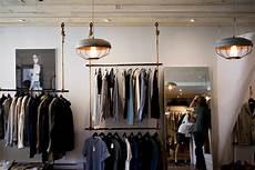 Jasa Desain Interior Distro Furniture Custom 0813 5896