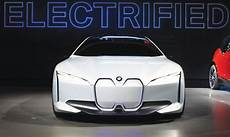 bmw aims to sold 500 000 hybrid electric cars by end