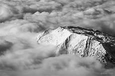 noir et blanc photos montagne panoramique nature montagnes en noir et