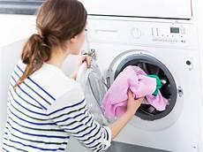 darf der vermieter verbieten wäsche in der wohnung hausordnung was sie verbieten darf und was nicht