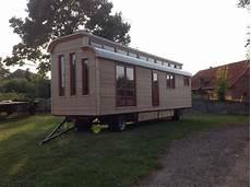 haus auf rädern gebraucht details zu ferienwohnung bauwagen zirkuswagen atelier