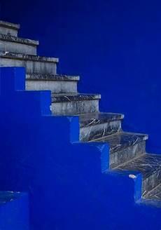 le bleu majorelle en decoration comme une