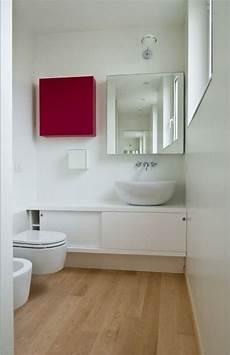 spiegelschrank kleines bad ideen kleine b 228 der holzboden spiegelschrank quadrat wei 223 er