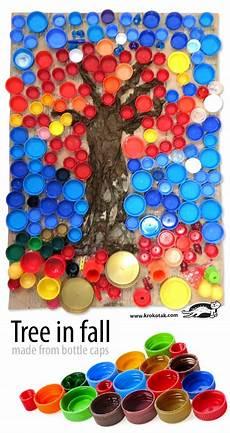 Basteln Mit Flaschendeckeln - krokotak tree in fall made from bottle caps