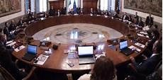 sottosegretario alla presidenza consiglio dei ministri il tarantino mario turco sottosegretario alla presidenza