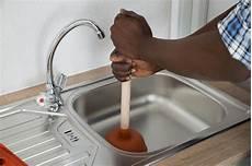 küche abfluss verstopft how to fix a clogged drain a step above plumbing inc