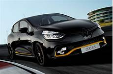 Limited Run Renault Clio Rs 18 Launched With 220 Trophy