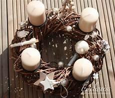 adventskranz adventskranz weidenkranz weihnachten ein
