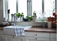 bilder küche deko besonders reizvolle fensterbank deko