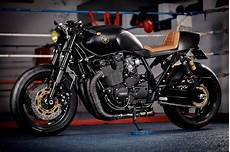 racing caf 232 yamaha xjr 1300 quot cs 04 stealth quot by it rocks bikes