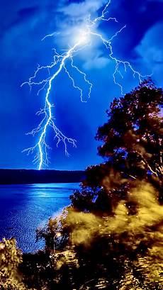 Iphone X Wallpaper Lightning by Lightning Strike Forest Lake Iphone 6 Wallpaper Hd Free