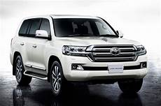 new toyota land cruiser 2019 rumor 2019 toyota land cruiser review price cabin release