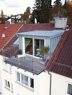 balkonaustrittsgauben dachbalkon dachfenster balkonentwurf