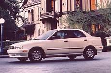 how to learn about cars 1997 suzuki esteem head up display 1995 02 suzuki esteem consumer guide auto