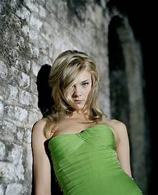 natalie dormer gallery natalie dormer is 20 photos sharenator