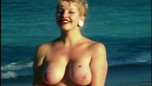 Bunny Yeager Nude