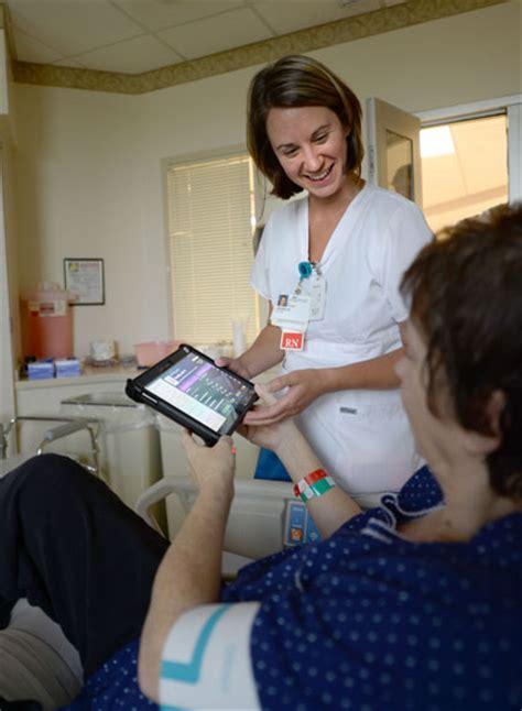 memphis nurses deliver  care   technology