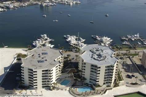 Boat Slips For Sale In Destin Fl by Legendary Marina In Destin Florida United States