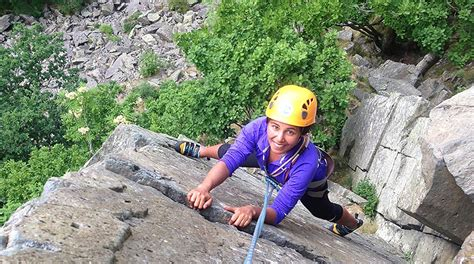 Outdoor Rock Climbing Training Get Outdoors The Lake