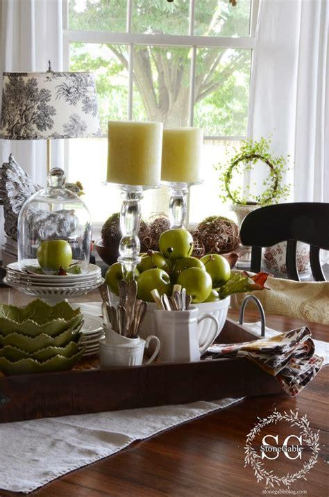 tips  creating  kitchen table vignette