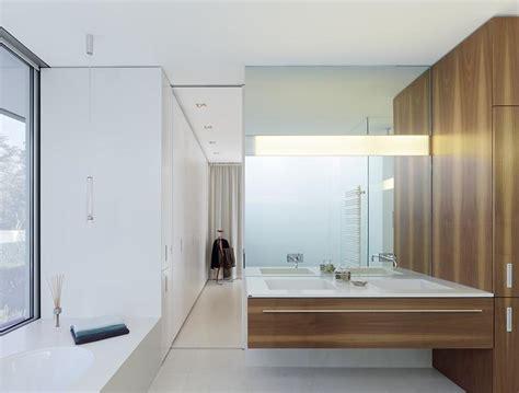 inspiration badezimmer mit einbauten bild  schoener