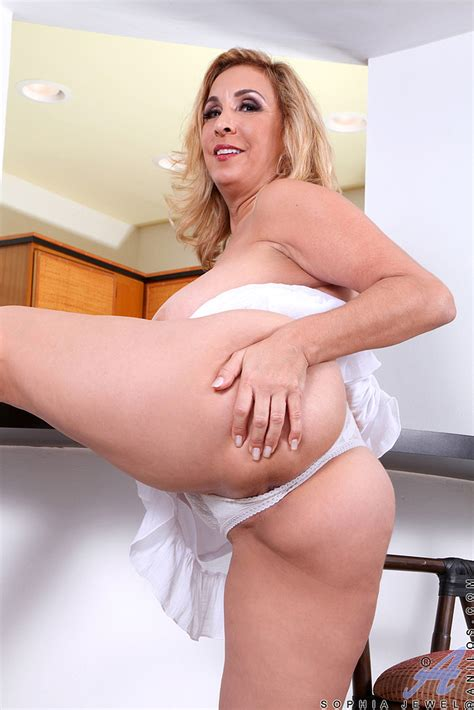 blonde milf sophia jewel strip in the kitchen milf fox