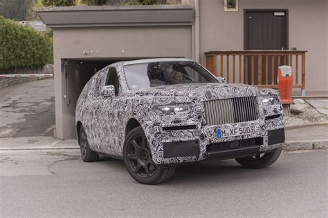 Rolls Royce Photo by Rolls Royce Cullinan Photos Et Vid 233 O Espions Du Plus