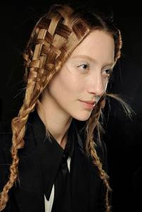 How to Create Cute Hairstyles for Long Hair ...
