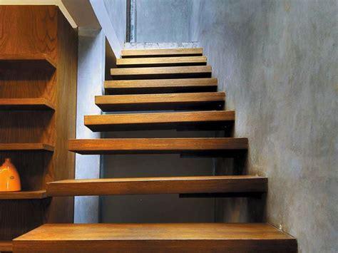 desain tangga melayang  hunian