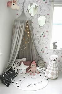 1001 designs uniques pour une ambiance cocooning With tapis chambre bébé avec guirlande de fleurs naturelles