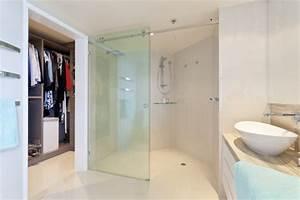 Kann Man Bei Gewitter Duschen : bildquelle zstock ~ Frokenaadalensverden.com Haus und Dekorationen