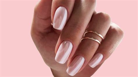 Chrome Nails Brighten Up Your Manicure