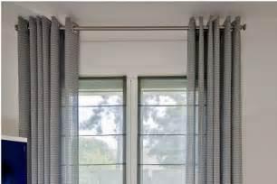 Pose Tringle A Rideau Au Plafond by R 233 Alisation De Doubles Rideaux Sur Mesures Et Voilages Sur