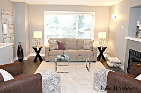 Decorating Ideas Grey Living Room by Home Staging And Decorating Ideas For The Living Room With